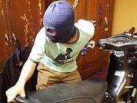 Waspada! Curanmor Incar Motor di Parkiran Swalayan Pinang Lestari