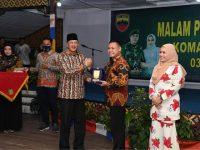 Bupati Natuna Hadiri Malam Pengantar Tugas Komandan Distrik Militer 0318/Natuna