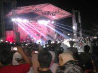 Puncak HUT Otonom Tanjunpinang Group Band Coklat Hibur Warga Kota Tanjungpinang