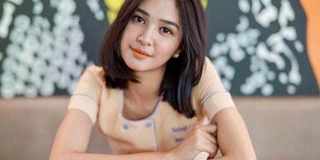 Dekat dengan Beberapa Pria, Mikha Tembayong di Tuding Playgirl?