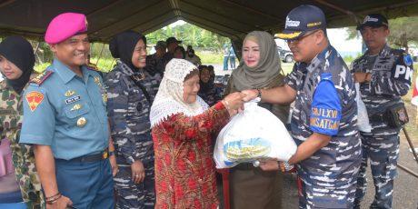SATGAS SBJ TNI AL KE-66, LAKUKAN MISI KEMANUSIAN DENGAN MENGOBATI 2.730 PASIEN DI KABUPATEN SIEMELUE, PROVINSI NAD