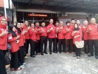Surya Respationo Pimpin Pendaftaran Bacaleg PDI Perjuangan Ke KPU Kepri