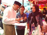 Alfin Memotivasi Ekonomi Kreatif di Kalangan Mahasiswa