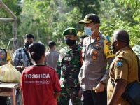 Kapolres Bintan AKBP Bambang Sugiharto Pimpin Penyaluran Bantuan Beras dari Kapolri