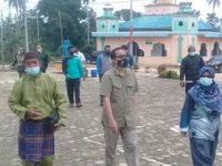 Wakil Bupati Natuna Hj Ngesti Yuni Suprapti pantau Penyaluran Dana BLT