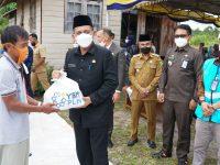 Gubernur Resmikan Listrik Masuk Desa di Dua Dusun di Natuna