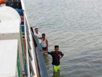 Kapal Karunia Jaya 1 Kandas Di Perairan Moro
