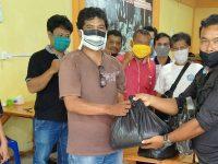 Peduli Sesama dari Dampak Covid-19, Media Online HMSTIME Berbagi Paket Sembako